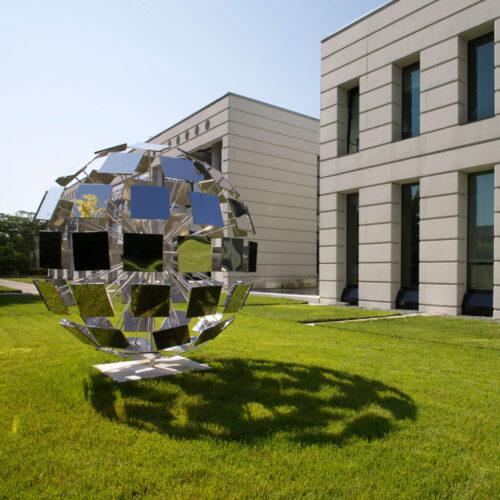 steel-globe